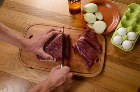 курсове за готвачи - приготвяне на месни специалитети
